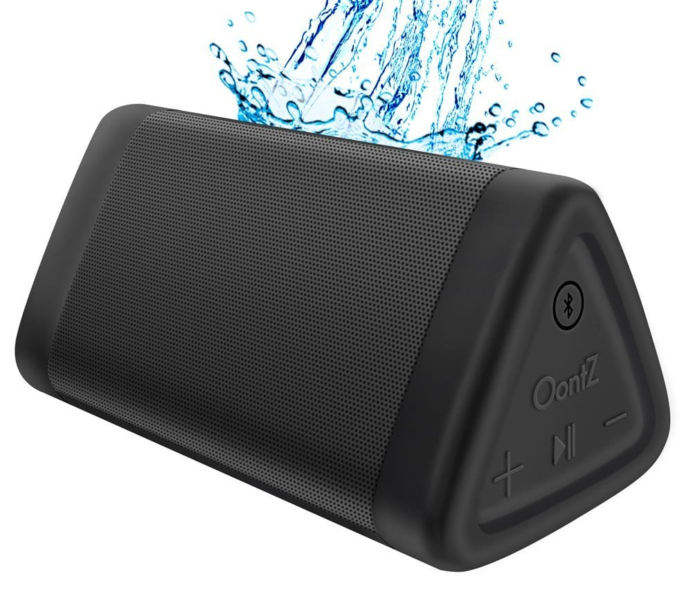 Portable travel speaker for backpackers