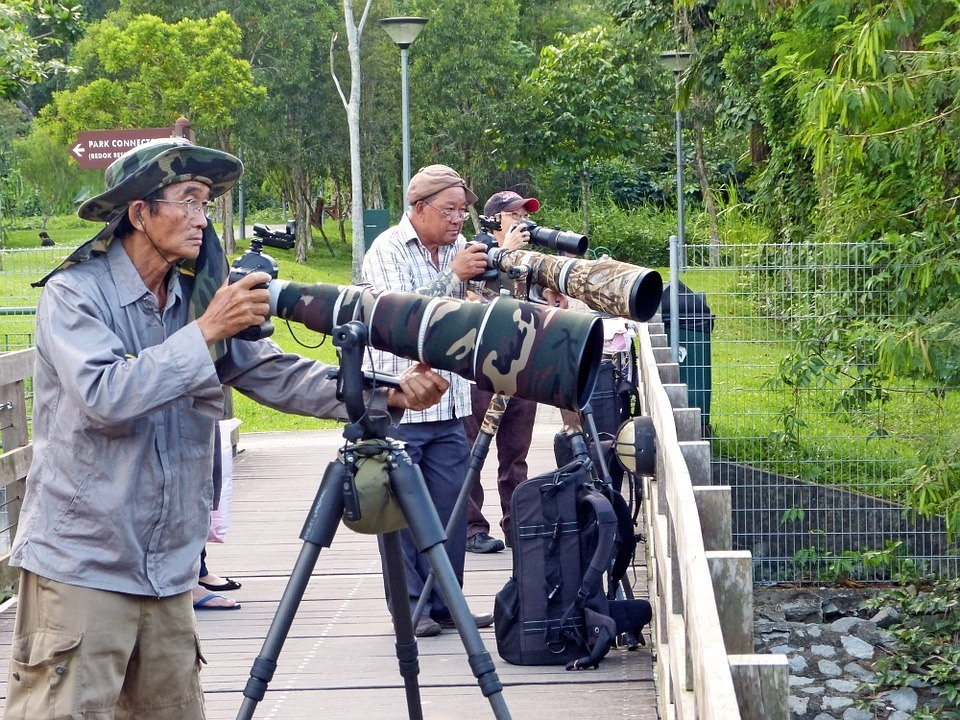 photographers with huge lenses