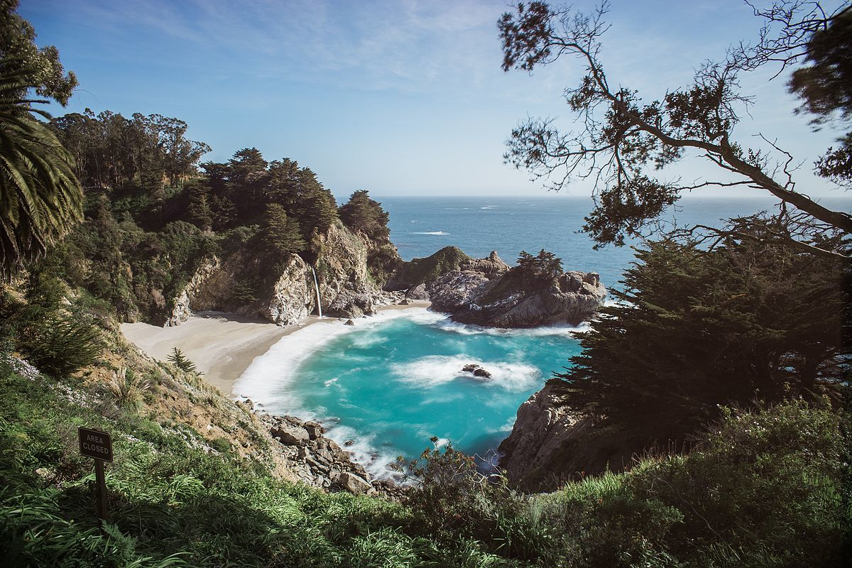 mcway falls viewpoint in day big sur california coast