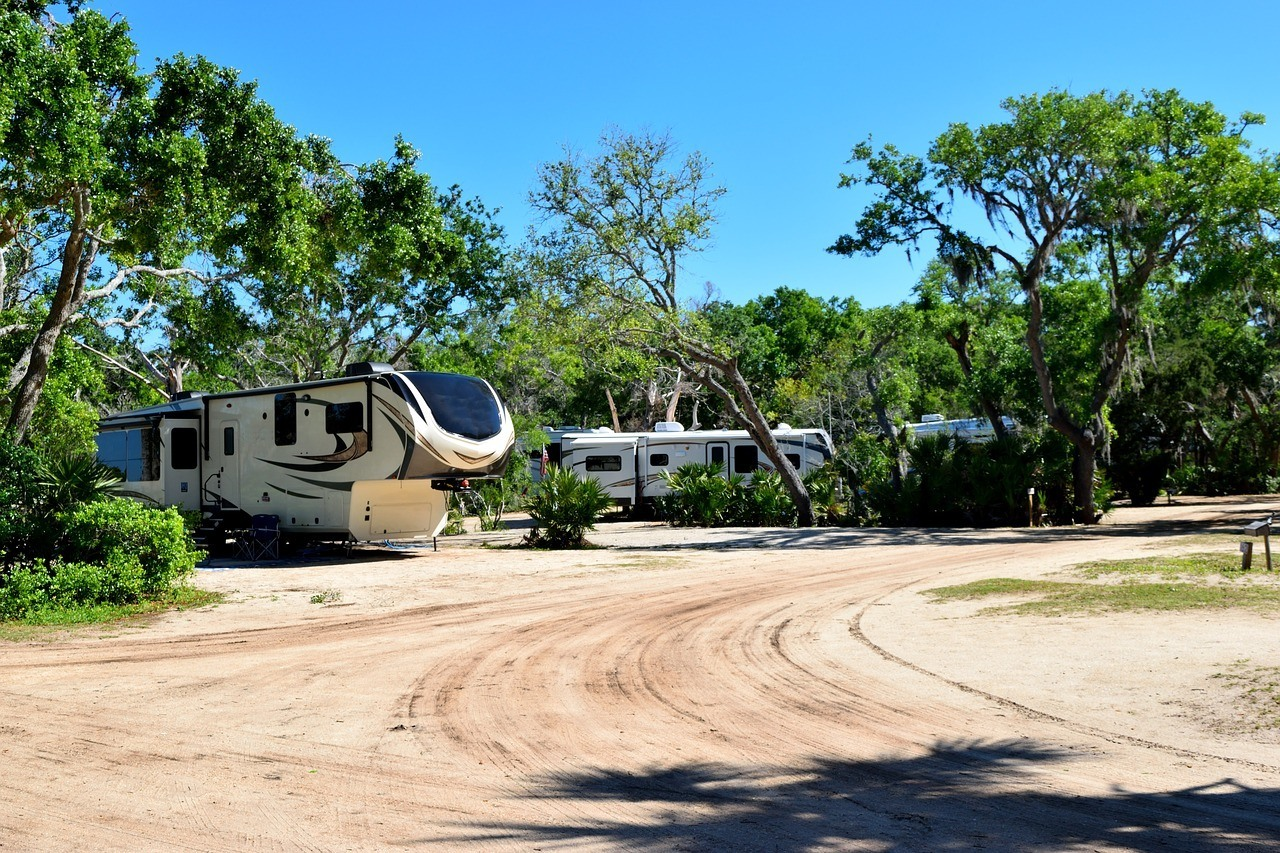 florida campground with rvs