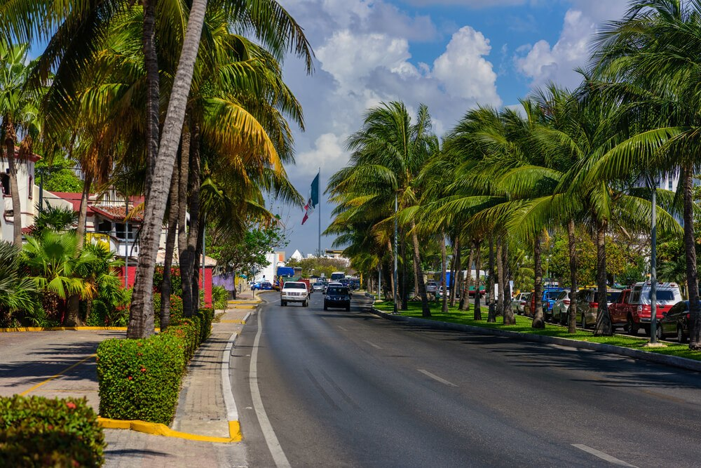 Is it safe to drive in Cancun