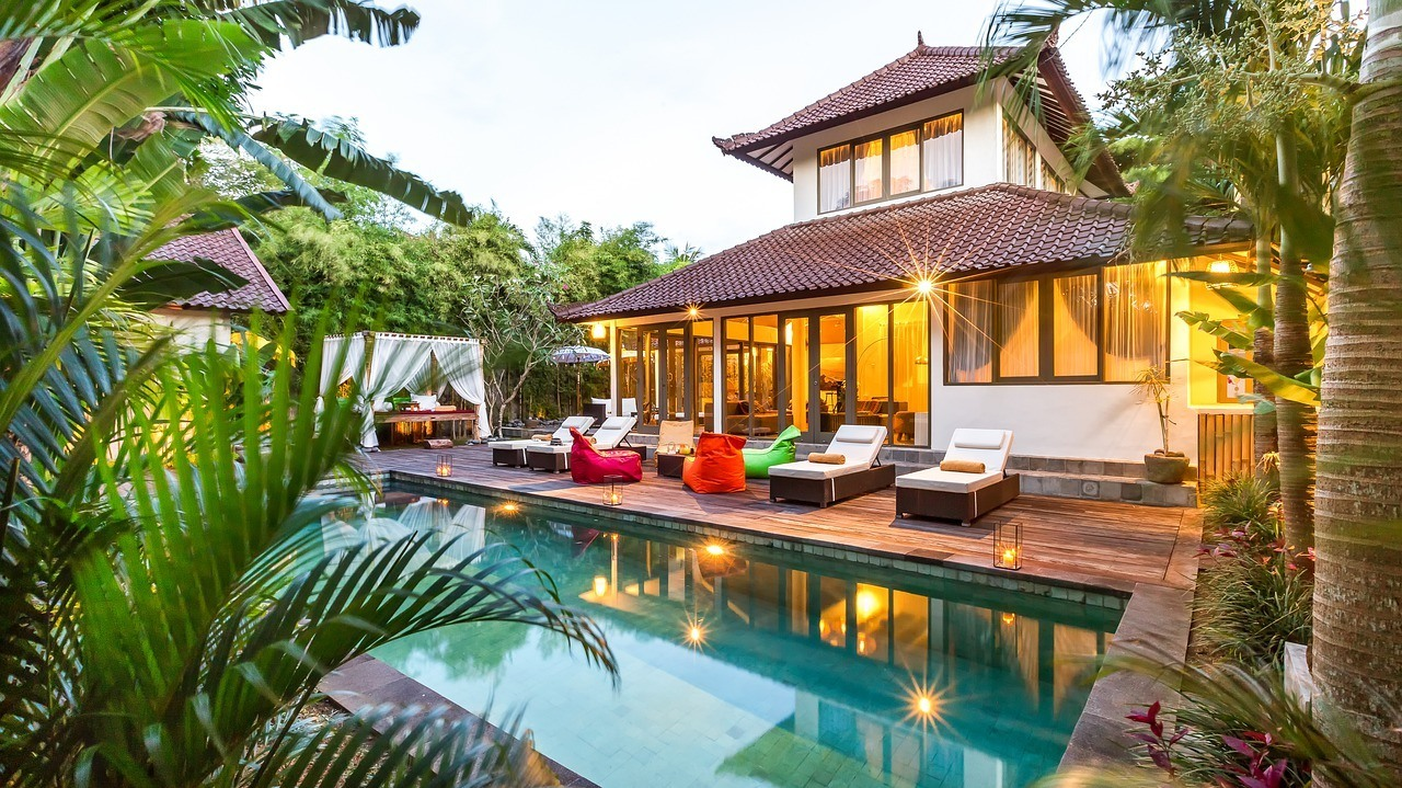 rent a villa in canggu bali with a pool