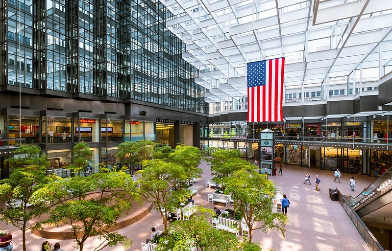 Browse the biggest mall in America